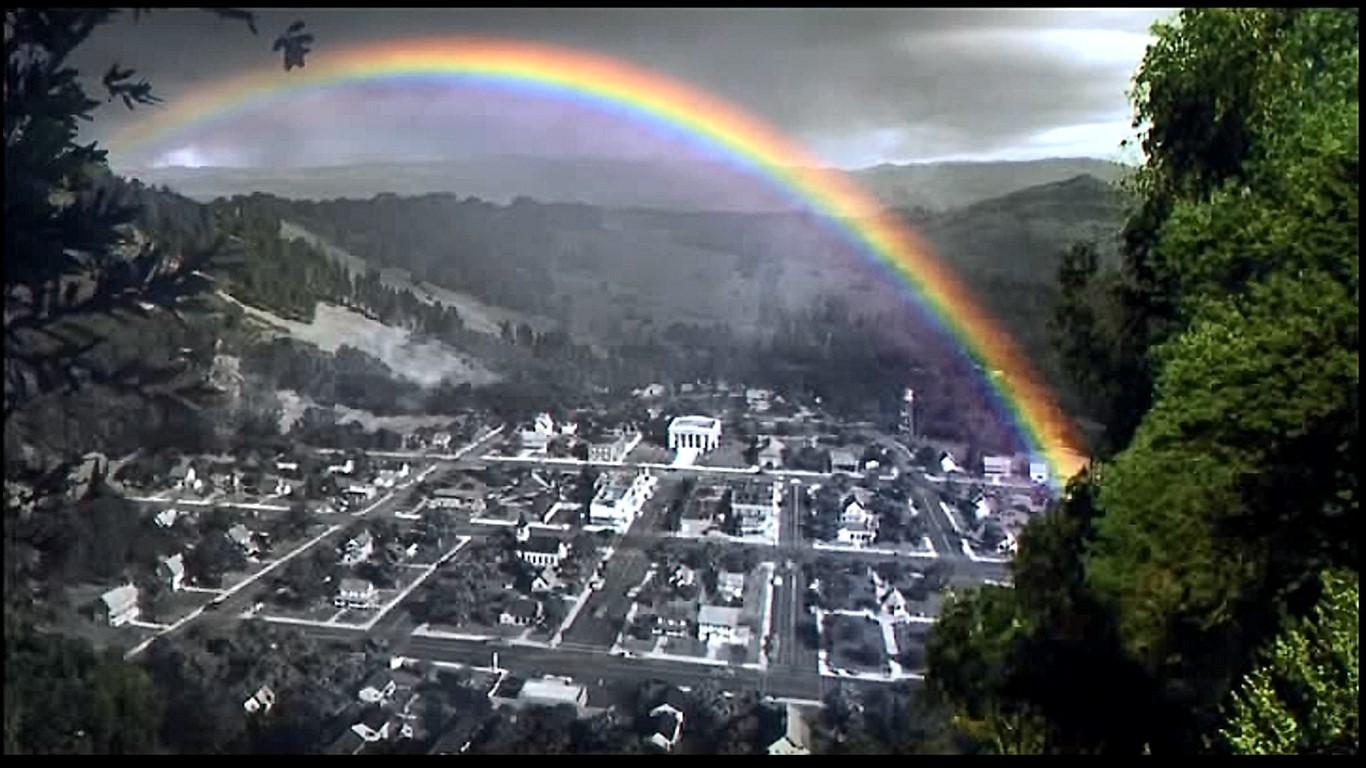 雷雨の後、プレザントヴィルに初めて虹🌈がかかった